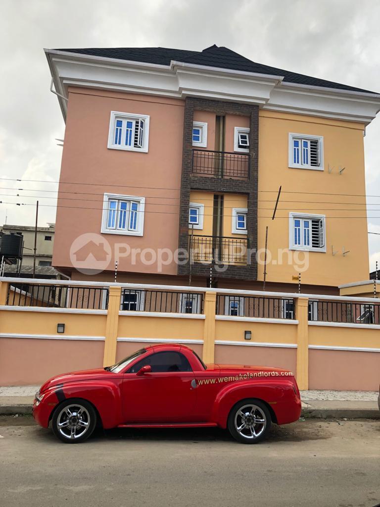 3 bedroom Flat / Apartment for sale Frankline estate Alaka/Iponri Surulere Lagos - 0
