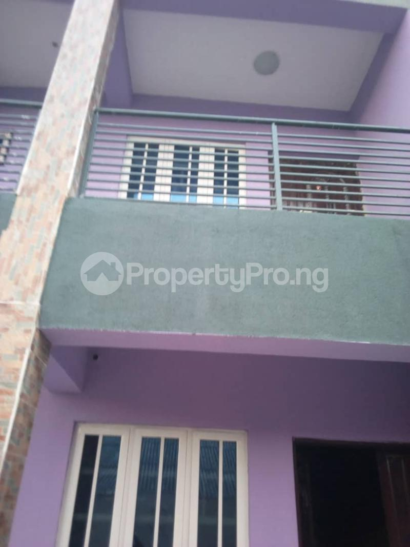3 bedroom Flat / Apartment for rent balogun street Shomolu Shomolu Lagos - 0
