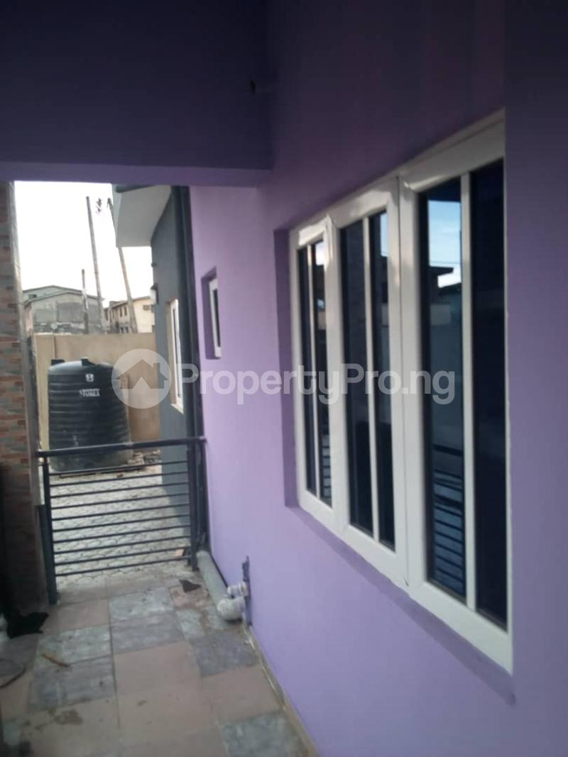 3 bedroom Flat / Apartment for rent balogun street Shomolu Shomolu Lagos - 1