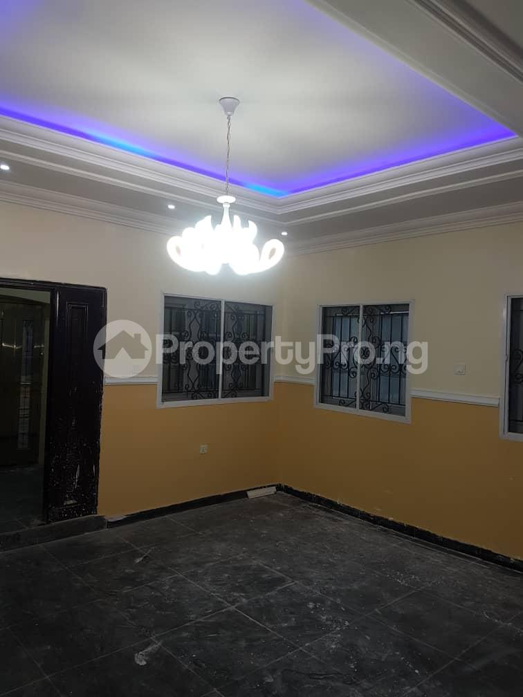 3 bedroom Flat / Apartment for rent Ajila Akala Express Ibadan Oyo - 2