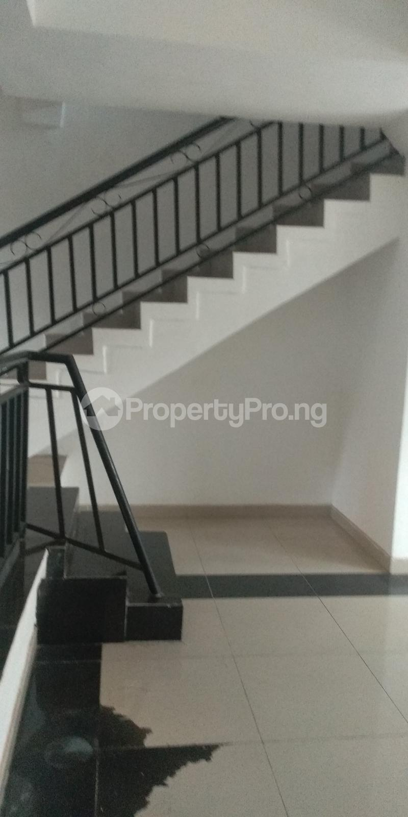 3 bedroom Terraced Duplex House for sale Gbolahun awe street magodo shangisha Magodo GRA Phase 2 Kosofe/Ikosi Lagos - 2