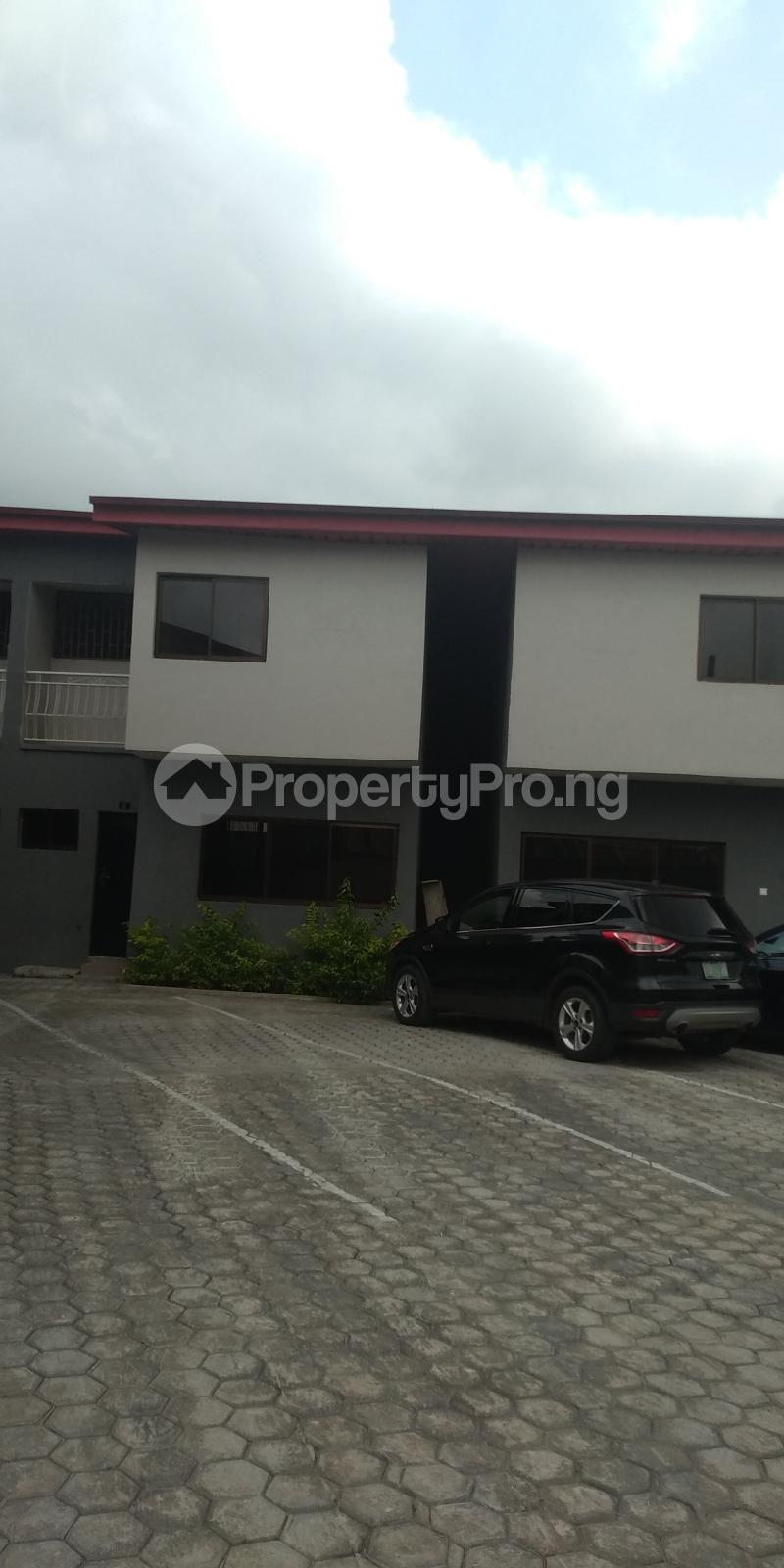 3 bedroom Terraced Duplex House for sale Gbolahun awe street magodo shangisha Magodo GRA Phase 2 Kosofe/Ikosi Lagos - 0