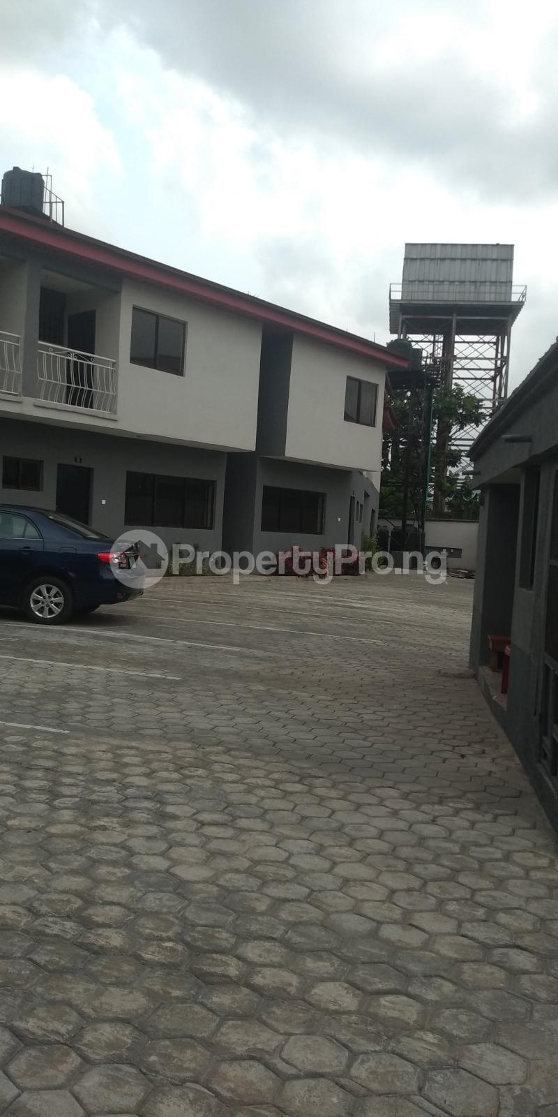 3 bedroom Terraced Duplex House for sale Gbolahun awe street magodo shangisha Magodo GRA Phase 2 Kosofe/Ikosi Lagos - 1