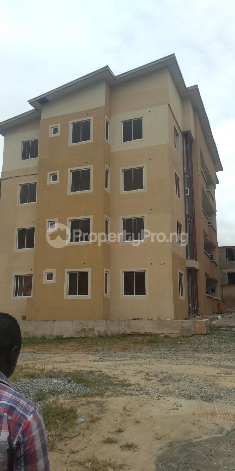 3 bedroom Flat / Apartment for sale Aje ologo road.mile 12 Alapere Kosofe/Ikosi Lagos - 0