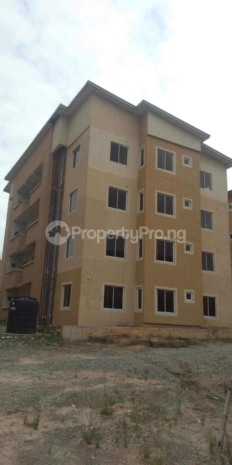 3 bedroom Flat / Apartment for sale Aje ologo road.mile 12 Alapere Kosofe/Ikosi Lagos - 8