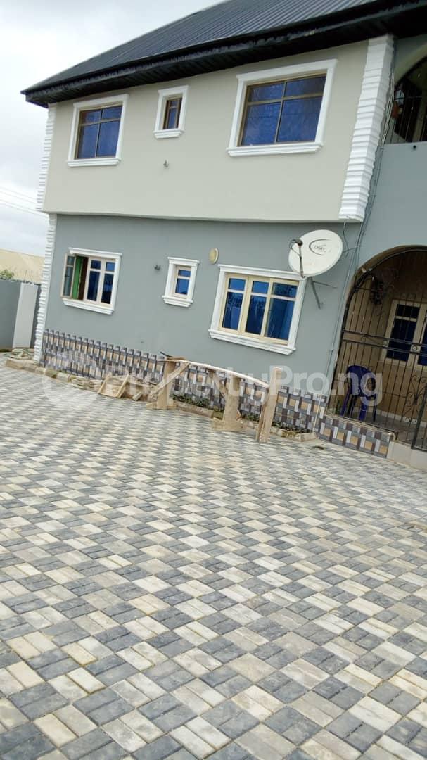 3 bedroom Blocks of Flats House for rent Iletuntun  Idishin Ibadan Oyo - 1