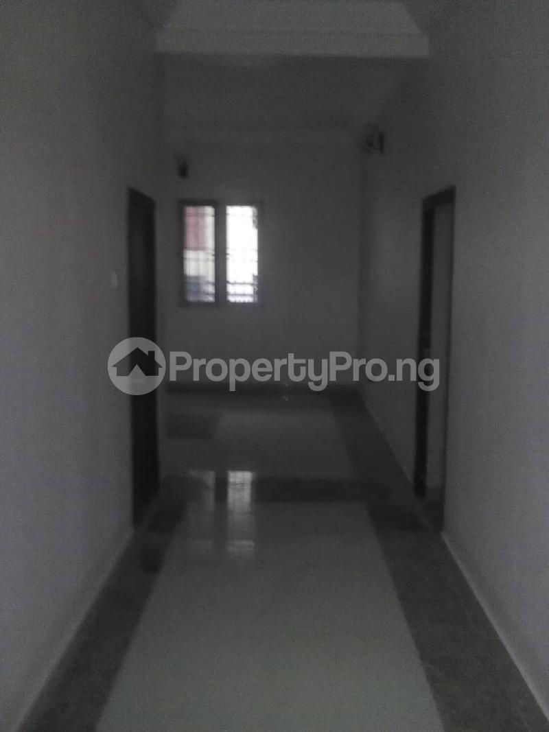 3 bedroom Flat / Apartment for rent off  Ogunlana Surulere Lagos - 1