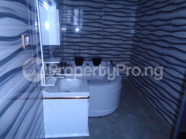 4 bedroom House for sale Lekki Phase 2 Ologolo Lekki Lagos - 18