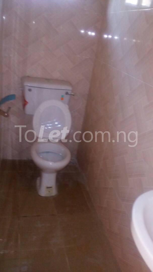4 bedroom House for sale by olufemi Ogunlana Surulere Lagos - 12