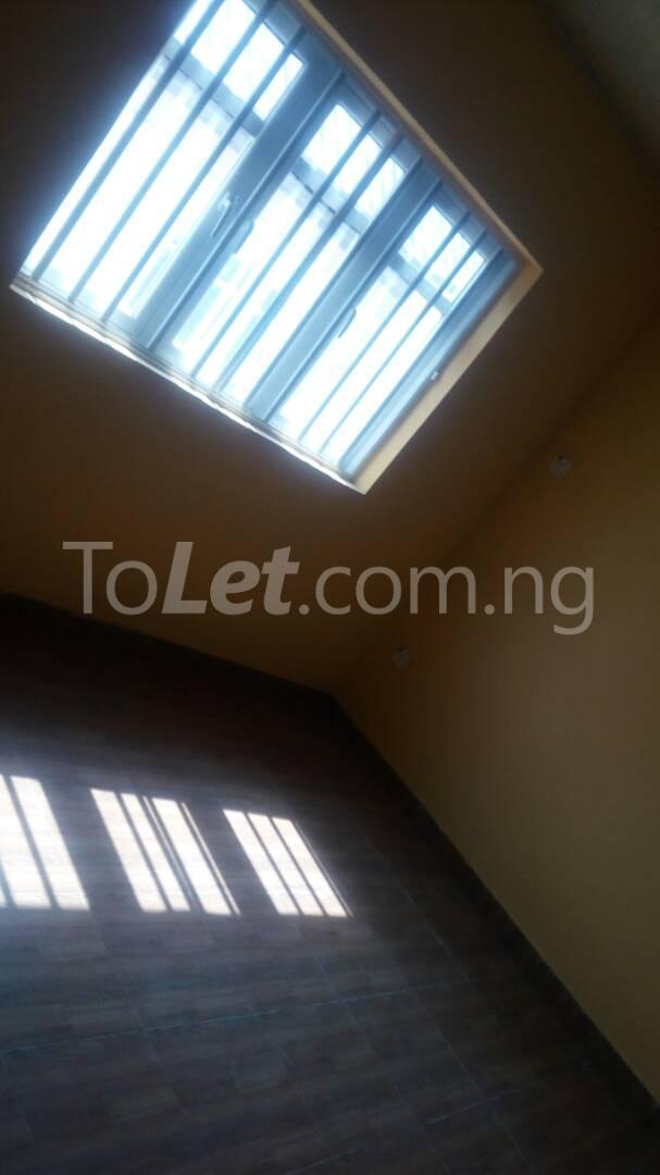 4 bedroom House for sale by olufemi Ogunlana Surulere Lagos - 6