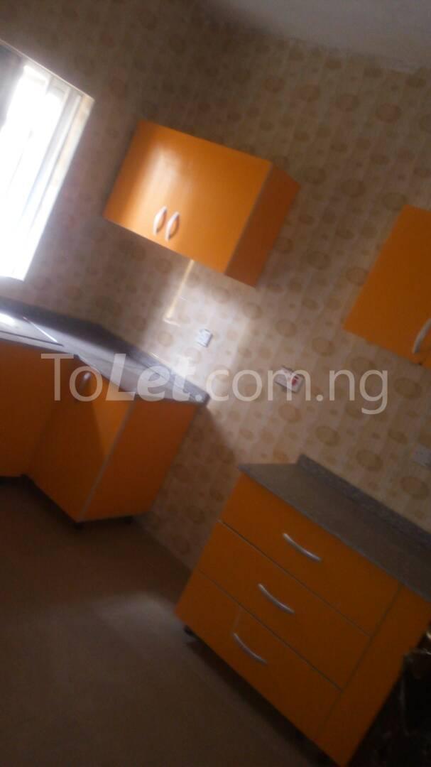 4 bedroom House for sale by olufemi Ogunlana Surulere Lagos - 8