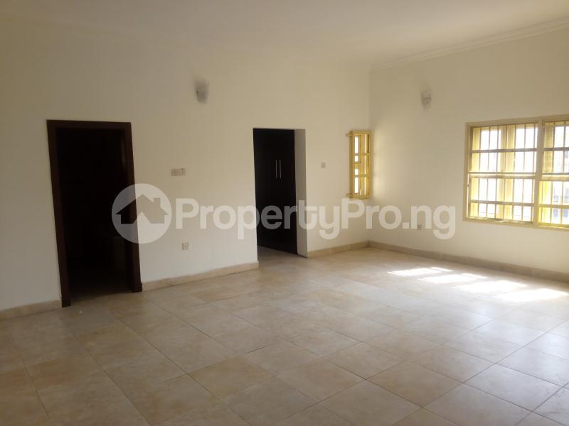4 bedroom Terraced Duplex House for rent Lekki Phase 1 Lekki Lagos - 4