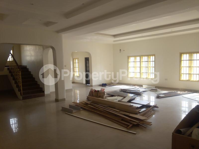 4 bedroom Terraced Duplex House for rent Lekki Phase 1 Lekki Lagos - 10