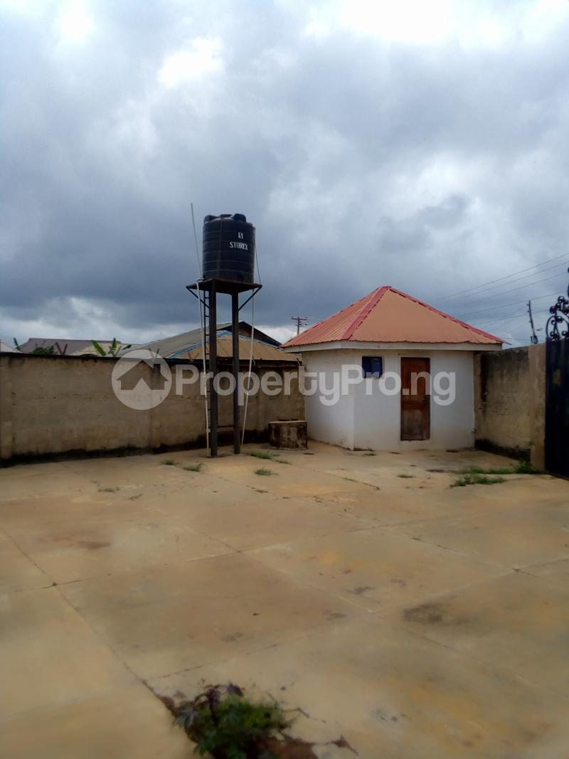 4 bedroom Mini flat Flat / Apartment for rent Mokuro road, behind idita market ile.ife  Ife Central Osun - 3