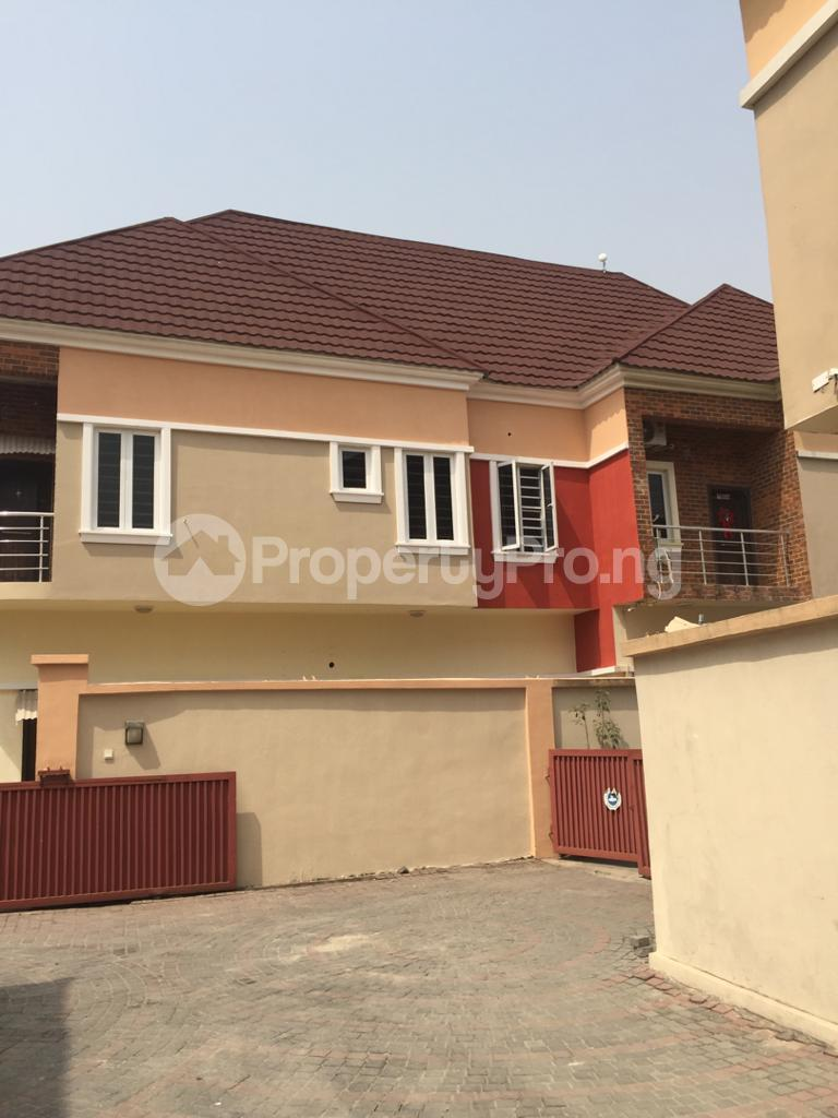 4 bedroom Shared Apartment Flat / Apartment for rent ocean breeze estate Ologolo Lekki Lagos - 0