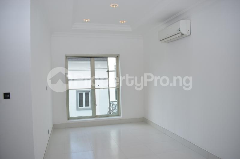5 bedroom Penthouse Flat / Apartment for rent Banana Island Old Ikoyi Ikoyi Lagos - 35
