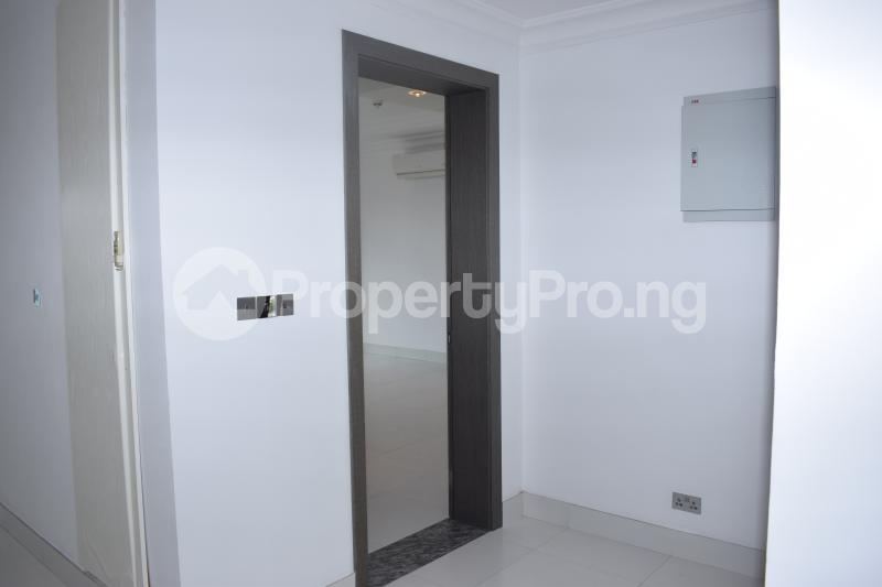 5 bedroom Penthouse Flat / Apartment for rent Banana Island Old Ikoyi Ikoyi Lagos - 32