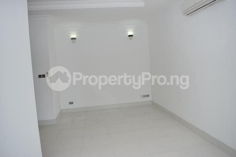 5 bedroom Penthouse Flat / Apartment for rent Banana Island Old Ikoyi Ikoyi Lagos - 34