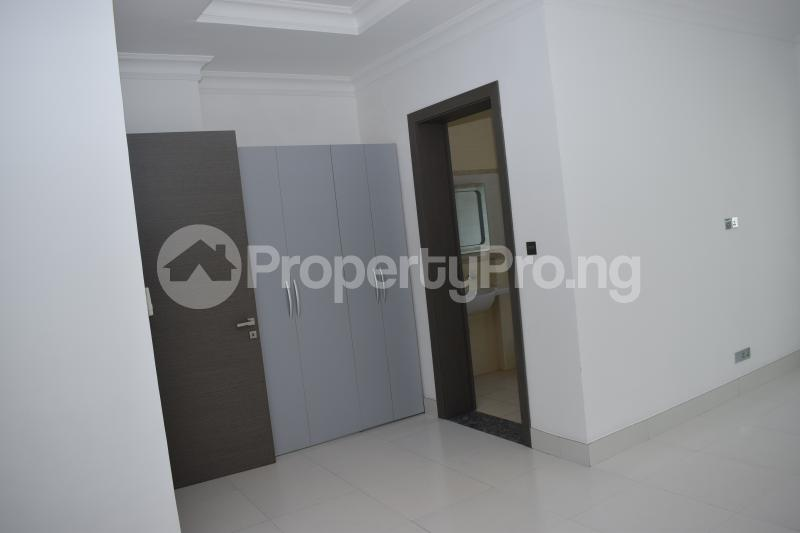 5 bedroom Penthouse Flat / Apartment for rent Banana Island Old Ikoyi Ikoyi Lagos - 36