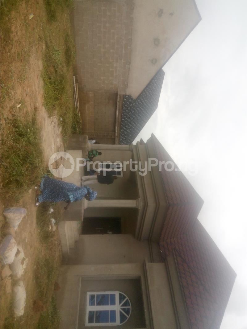 4 bedroom Detached Bungalow House for sale MAHUTA extension,opposite indomie company Chikun Kaduna - 7