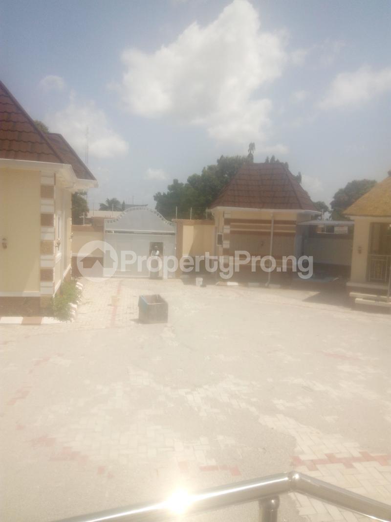 4 bedroom Detached Bungalow House for sale angwan RIMI GRA Kaduna North Kaduna - 4