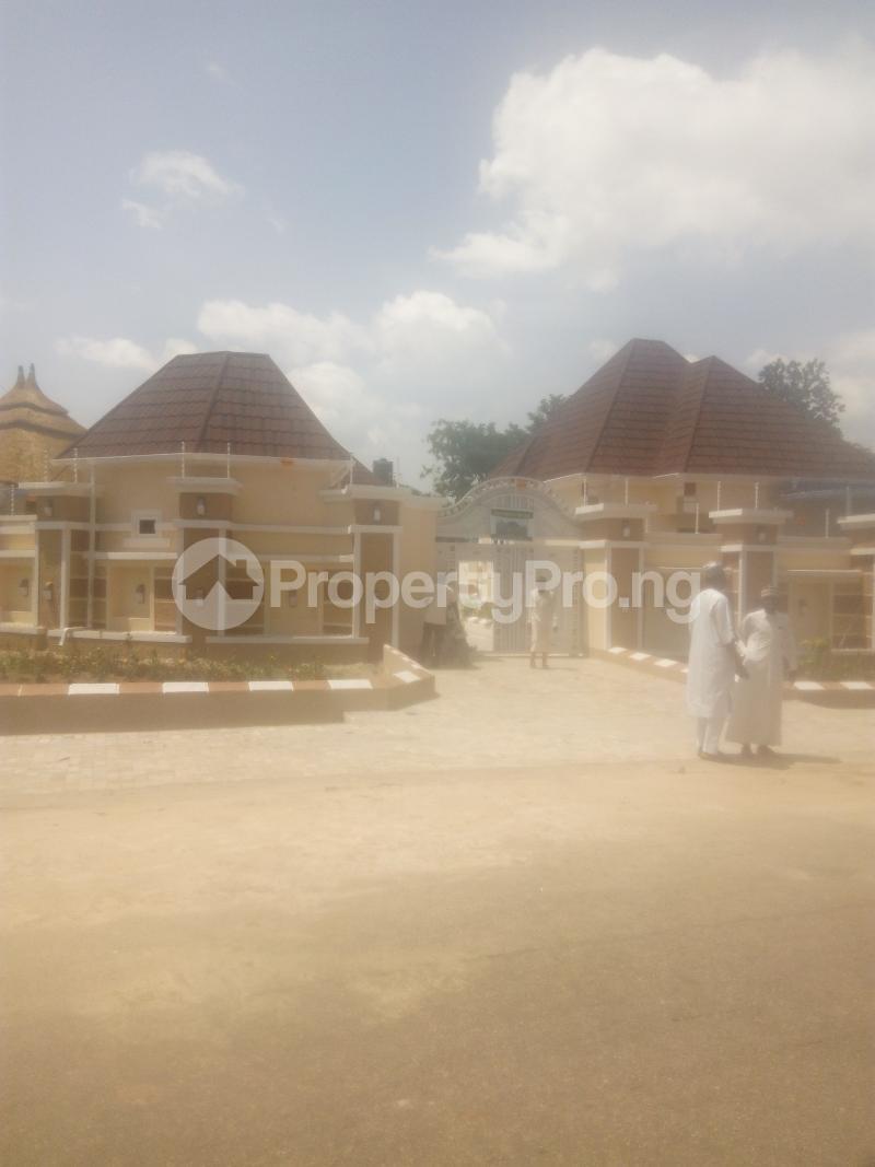 4 bedroom Detached Bungalow House for sale angwan RIMI GRA Kaduna North Kaduna - 1