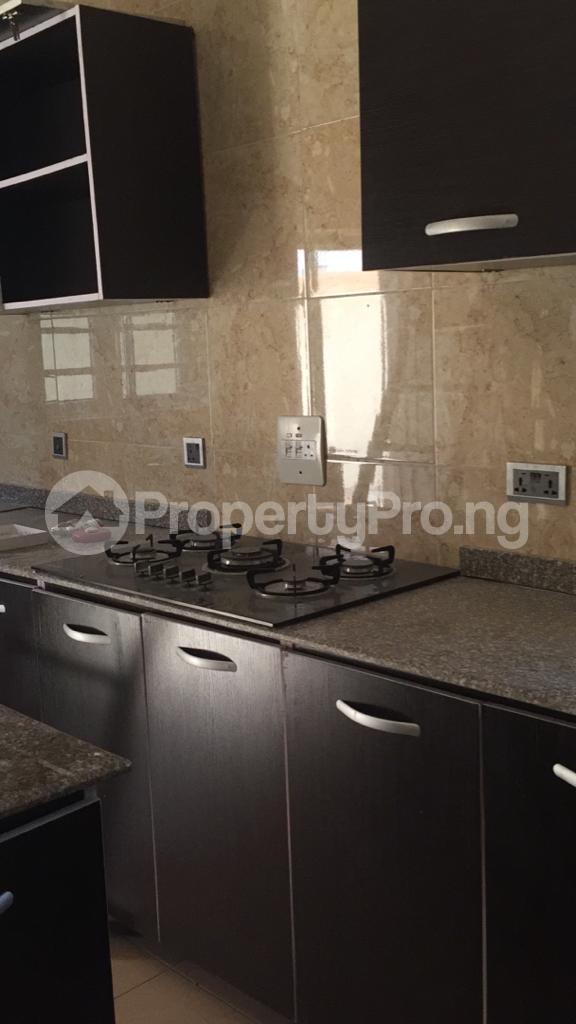 4 bedroom Flat / Apartment for rent Ocean Breeze Estate Ologolo Lekki Lagos - 4