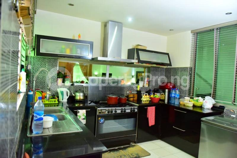4 bedroom Semi Detached Duplex House for sale Off Emmanuel keshi  Magodo GRA Phase 2 Kosofe/Ikosi Lagos - 5