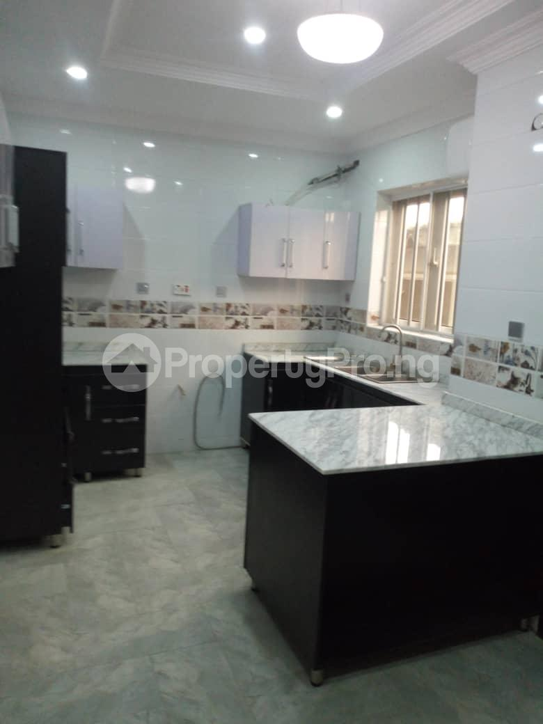4 bedroom Terraced Duplex House for sale Off Marsha street Kilo-Marsha Surulere Lagos - 5