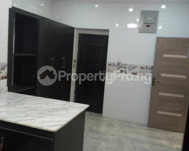 4 bedroom Terraced Duplex House for sale Off Marsha street Kilo-Marsha Surulere Lagos - 6