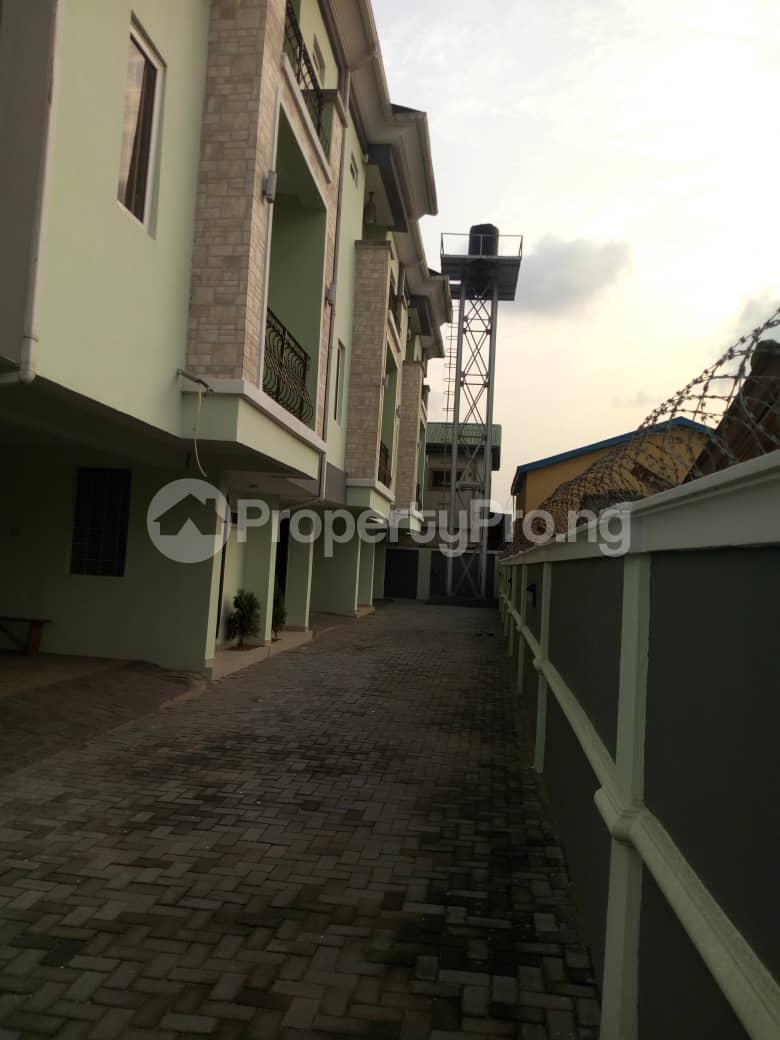 4 bedroom Terraced Duplex House for sale Off Marsha street Kilo-Marsha Surulere Lagos - 1