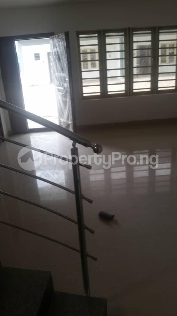 4 bedroom Terraced Duplex House for rent Bethel Estate Iponri  Iponri Surulere Lagos - 7