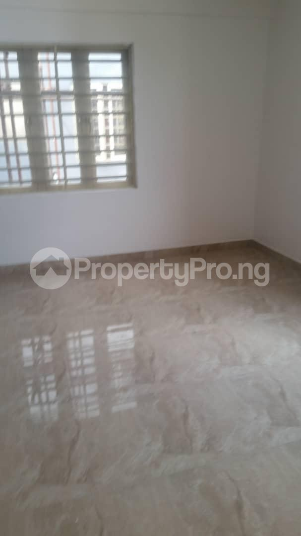 4 bedroom Terraced Duplex House for rent Bethel Estate Iponri  Iponri Surulere Lagos - 20