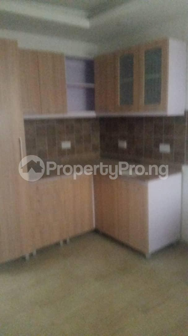 4 bedroom Terraced Duplex House for rent Bethel Estate Iponri  Iponri Surulere Lagos - 14