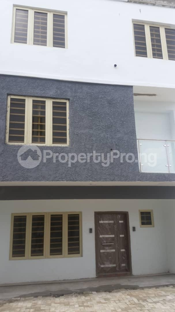 4 bedroom Terraced Duplex House for rent Bethel Estate Iponri  Iponri Surulere Lagos - 0
