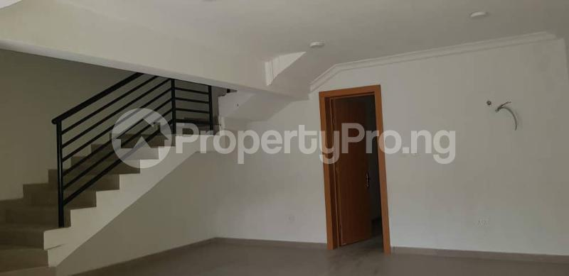 4 bedroom Terraced Duplex House for sale Yaba Sabo Yaba Lagos - 5