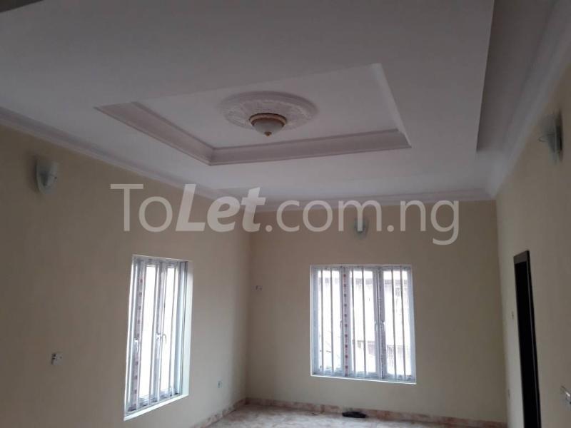 5 bedroom House for sale Behind Yabatech  Yaba Lagos - 4