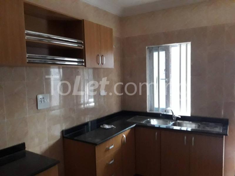 5 bedroom House for sale Behind Yabatech  Yaba Lagos - 5