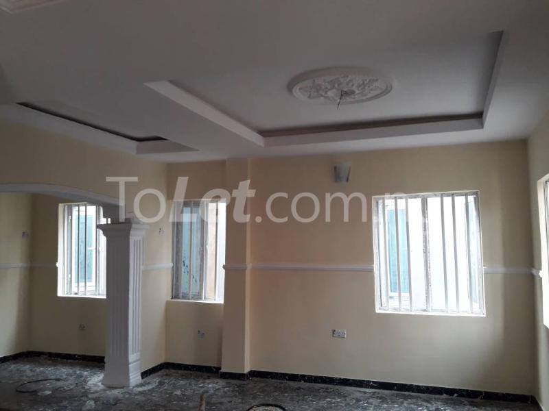 5 bedroom House for sale Behind Yabatech  Yaba Lagos - 2