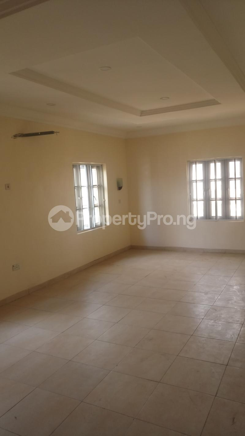 5 bedroom Detached Duplex House for sale Magodo GRA Estate Phase 1 Magodo Isheri Ojodu Lagos - 8
