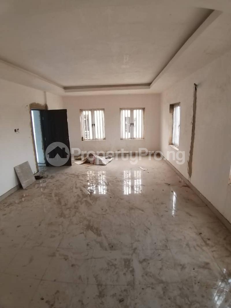5 bedroom Terraced Duplex House for sale 4 Gbolagade Adebanjo Street, Coker Road Ilupeju Lagos - 3