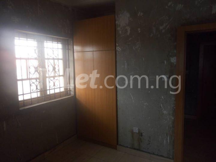 3 bedroom Flat / Apartment for rent puposoola street Oko oba road Agege Lagos - 1