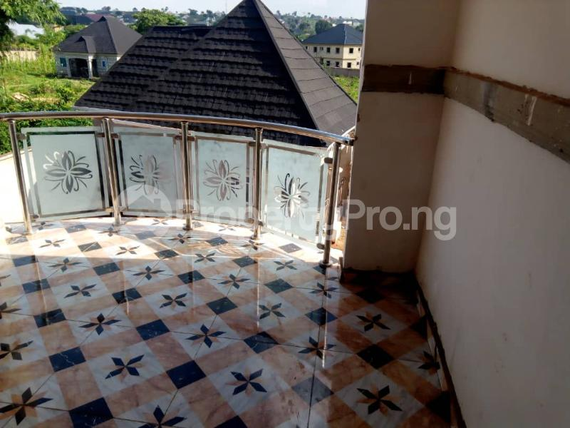 8 bedroom Detached Duplex House for sale okpanam rd  Aniocha Delta - 5