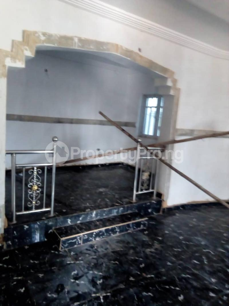 8 bedroom Detached Duplex House for sale okpanam rd  Aniocha Delta - 1
