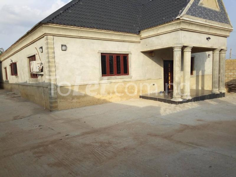 4 bedroom House for sale Pillar Akala Express Ibadan Oyo - 0