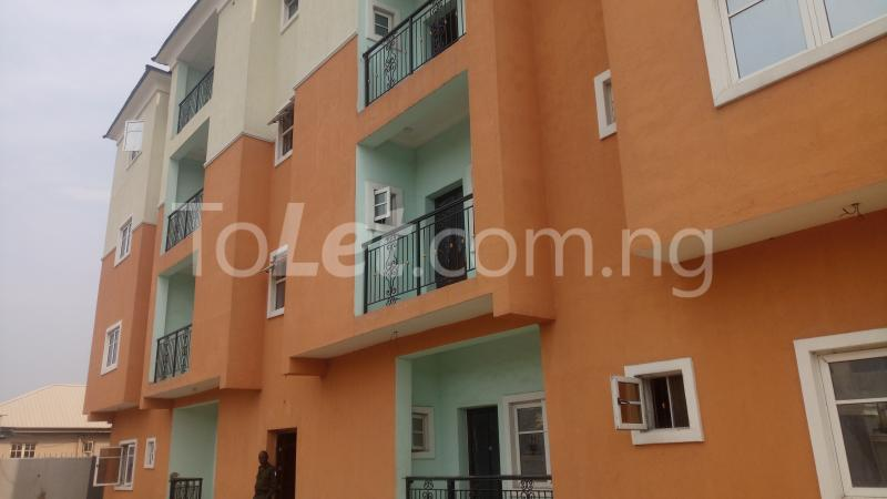 3 bedroom Flat / Apartment for sale By Hughes Avenue ( Close to Sweet Sensation)  Alagomeji Yaba Lagos - 1