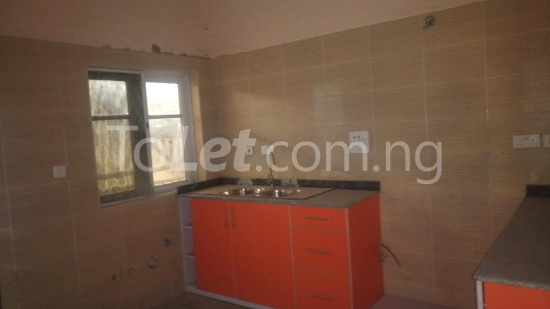 3 bedroom Flat / Apartment for sale By Hughes Avenue ( Close to Sweet Sensation)  Alagomeji Yaba Lagos - 5