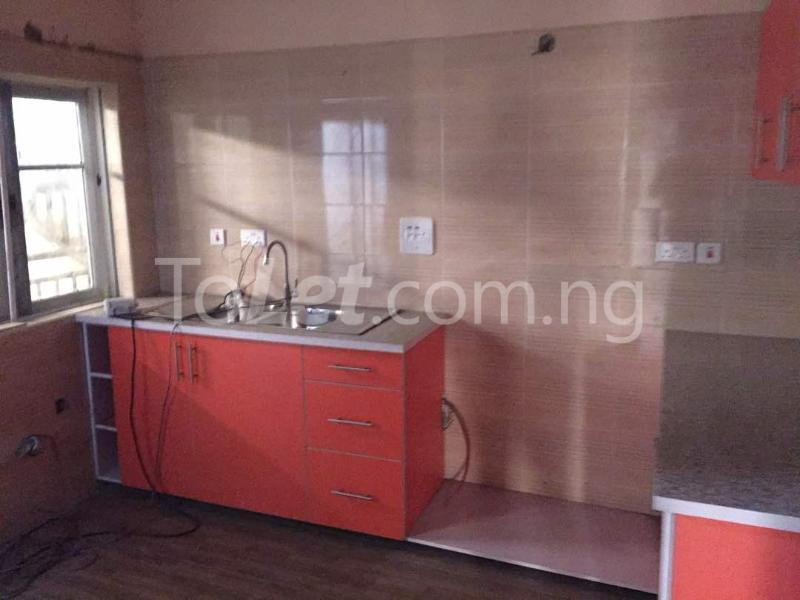3 bedroom Flat / Apartment for rent Hughes Avenue Alagomeji Yaba Lagos - 3