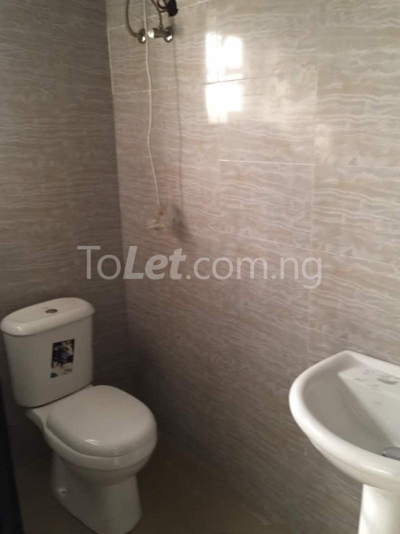 3 bedroom Flat / Apartment for rent Hughes Avenue Alagomeji Yaba Lagos - 6