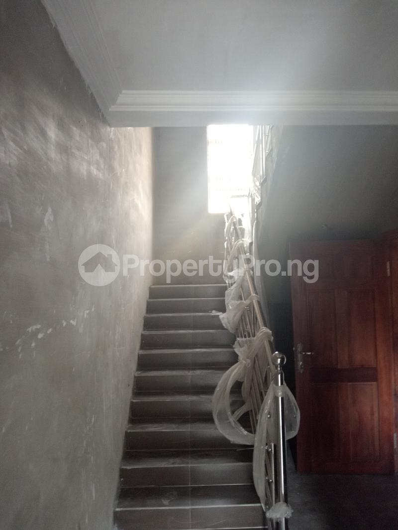 4 bedroom Terraced Duplex House for rent Alara st Onike Yaba Lagos - 5